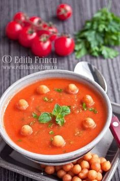 Edith's Kitchen, Thai Red Curry, Soup, Ethnic Recipes, Drink, Cream, Beverage, Soups, Drinking