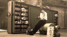 Commercial-Dreh für ISAP: Spannend: ein Commercial für den Software-Hersteller ISAP komplett in der Bluebox gedreht. Die nostalgische Halle ist reine Computeranimation. Professionelle Schauspieler runden die Illusion perfekt ab. Die Bewegtbildproduktion von Christian Boenisch + Jan Weiner wurde eine erfolgreiche Produktvisualisierung. http://expose-photo.de/bewegtbild-making-of-commercial-dreh-fuer-isap/