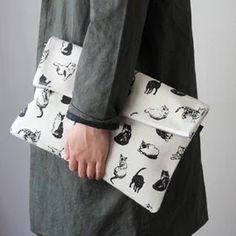 TEMBEA - clutch bag large/cat-dieci