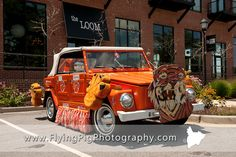 Clemson Tigers Get Away car at Clemson-themed wedding in SC Check out www.planningyourweddingforless.com