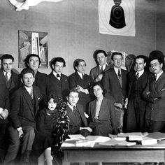 Happy Friday and happy birthday to André Breton!! known as the founder of Surrealism ow.ly/YwsDa #Art #Surrealism #PaulÉluard #BenjaminPéret #RenéCrevel #RobertDesnos #JacquesBaron #MaxMorise #PierreNaville #RogerVitrac #Gala #Éluard #MaxErnst #Dalí #ManRay #HansArp #GeorgesMalkine #MichelLeiris #GeorgesLimbour #AntoninArtaud #RaymondQueneau #AndréMasson #JoanMiró #MarcelDuchamp #JacquesPrévert #YvesTanguy