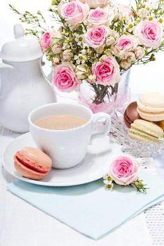 Baby Shower Tea, Tea And Books, Cocktail Desserts, Sweet Coffee, Breakfast Tea, Coffee Cafe, Afternoon Tea, Morning Coffee, Fruit