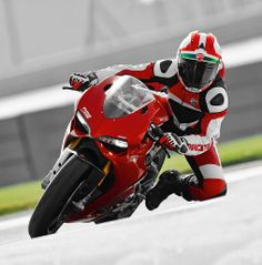 Ducati Riding Experience 2014 dates announced and enrolment ready to open - http://motorcycleindustry.co.uk/ducati-riding-experience-2014-dates-announced-enrolment-ready-open/