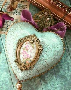 I Love Heart, Key To My Heart, Happy Heart, Beautiful Hearts, Beautiful Family, Shabby Chic, Heart Songs, Heart Images, Mint Color