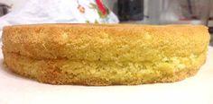 A receita desse pão de ló é perfeita, e além disso é super econômica por que leva apenas 4 ingredientes básicos. Pão de Ló com 4 Ingredientes.