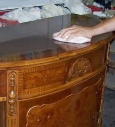 French Polish - How to apply it on your woodworking projects