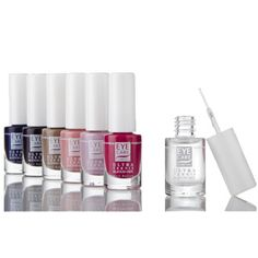 hypoallergenic nail enamels/varnishes with silicon and urea for damaged nails and cuticles, sensitive hands and skin #nickelallergy #nickelfree