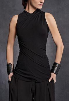 Twisted Tank Top – Urban Zen / all black / urban dystopia / sci fi fashion for women Fashion Mode, Dark Fashion, Womens Fashion, 2000s Fashion, Super Moda, Mode Outfits, Fashion Outfits, Moda Emo, Character Outfits
