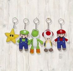 5 x Mario Characters Keychains Crochet Pattern Nintendo Cotton Crochet, Thread Crochet, Cute Crochet, Crochet Lace, Mario Crochet, Pig Character, Crochet Dog Patterns, Cute Cushions, Altar Cloth