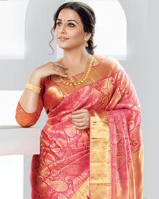 kerala wedding saree Beautiful Girl Indian, Most Beautiful Indian Actress, Beautiful Saree, Kerala Wedding Saree, Saree Wedding, Wedding Bride, Indian Silk Sarees, Indian Beauty Saree, Bollywood Designer Sarees