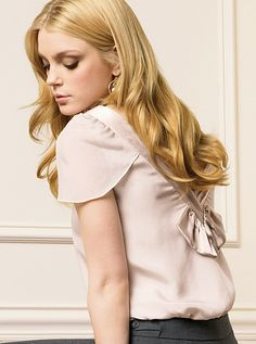 Jessica Stam and Laoghaire Jessica Stam, Skinny Love, Small Town Girl, Gorgeous Hair, Beautiful, Pretty Woman, Cool Hairstyles, Ruffle Blouse, Victoria Secret