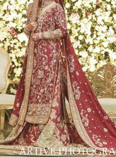 Pakistani Dresses Casual, Pakistani Wedding Dresses, Formal Dresses, Nikkah Dress, Bridal Clutch, Bridal Lehenga, Bridal Fashion, Black Beauty, Designer Dresses