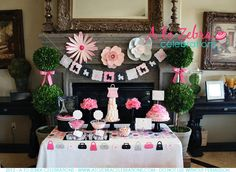 Born to Shop Baby Shower -http://atozebracelebrations.com/2012/04/born-to-shop-baby-shower.html