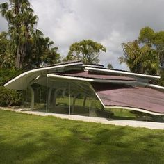the leaf house - leaves are an effective form to stave off rainfall, why not mimic it?