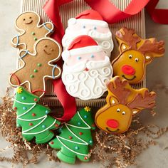 Gorgeous Christmas cookies make the perfect hostess gift!