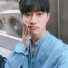 Kwak Dong Yeon [170527] Instagram update.