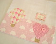 Ideas For Baby Girl Quilts Diy Burp Cloths Baby Clothes Quilt, Baby Girl Quilts, Girls Quilts, Baby Boy Nursery Themes, Baby Decor, Patchwork Baby, Baby Wallpaper, Trendy Baby Clothes, Baby Burp Cloths