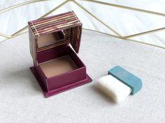 Spring Beauty Sensations - The Little Loft Benefit Hoola, Putting On Makeup, Light Texture, Benefit Cosmetics, Acne Prone Skin, My Beauty, Body Lotion, Deodorant, Shea Butter