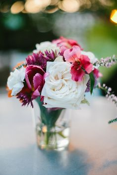 Beautiful, simple arrangement for  summer wedding with photos by Genoah Photography | via junebugweddings.com