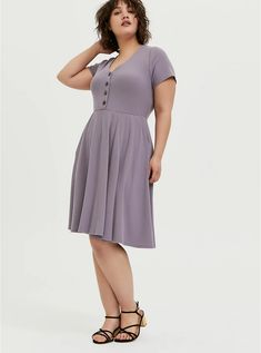 Find sales on Torrid Purple Rib Button Front Skater Dress and other deeply discounted products at Shop Scenes. Striped Midi Dress, Floral Midi Dress, Black Midi Dress, Skater Dress, Chiffon Ruffle, Floral Chiffon, Plus Size Dresses, Dresses For Sale, Short Sleeve Dresses