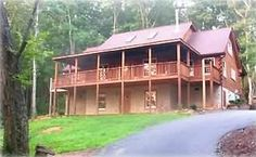 House vacation rental in Tryon from VRBO.com! #vacation #rental #travel #vrbo http://www.vrbo.com/24970 (spacious, 5 bedroom, kid/pet friendly with bunks/single beds)