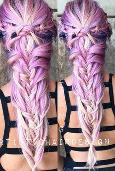 Love this dyed hair @vividartistichairdesign