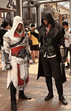 Assassins Creed Ezio and Jacob Frye cosplay! Super cosplay woow like they come to life Lolita Cosplay, Belle Cosplay, Epic Cosplay, Amazing Cosplay, Anime Cosplay, Assassins Creed Cosplay, Anime Outfits, Cosplay Outfits, Cosplay Costumes