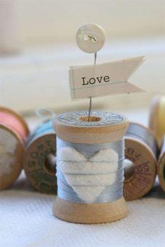 Thread spool love heart with button