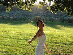 romantic shot at a wedding at Villa Campestri