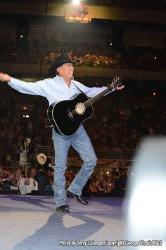 The Photos - George Strait Country Musicians, Country Music Artists, Joyce Taylor, George Strait Family, Donny Osmond, Army Veteran, King George, Celebs, Celebrities