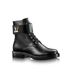 Les collections de Louis Vuitton   Ranger plat Wonderland. Chaussure Luxe  FemmeChaussure ... a7121d53e8f