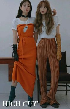 Blackpink Jennie & Lisa - High Cut (Vol. Blackpink Fashion, Korean Fashion, Fashion Outfits, Magazin Covers, Mode Kpop, Jennie Kim Blackpink, Black Pink Kpop, Blackpink Photos, Blackpink Jisoo