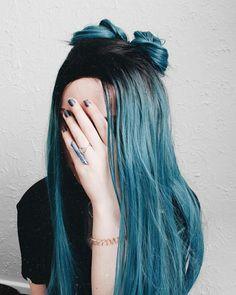 Pin by Mariana Guimarães on Cabelo colorido in 2019 Cute Hair Colors, Beautiful Hair Color, Hair Dye Colors, Cool Hair Color, Hair Color Balayage, Ombre Hair, Coloured Hair, Aesthetic Hair, Hair Looks