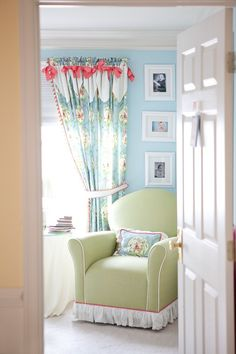 LUV DECOR: Quartos de bébé / Baby room
