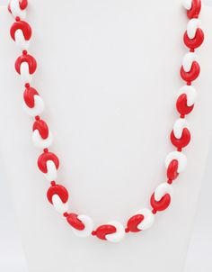 Plastic Jewelry, Plastic Beads, Faux Stone, White Beads, Beaded Flowers, Vintage Costumes, Stone Beads, Red And White, Dangles