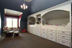 built in beds designed by Kristen Finney of #finneyinteriors