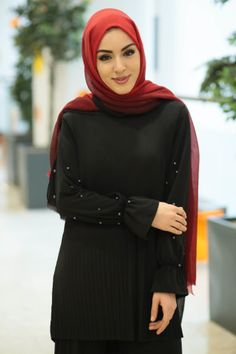Beautiful Hijab, Niqab, Turban, Hijab Fashion, Turtle Neck, Casual, Sweaters, Beauty, Mario