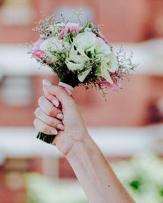 Hoy se festeja fuerte la boda de @luvidal0907 y @pol_8_ . . . #ChristianHolzFotografo . . . #Boda #PreBoda #Novia #Sesion #Eventos #FotografoDeBodas #Casamiento #Matrimonio #Casorio #Fotografo #Vestido #CasamientosEnArgentina  #Bride #WeddingPhotographer #Wedding #PreWedding #Session #GettingReady #Love #Portrait  #Casamento #Noiva #Noivo #BuenosAires #Caba #Capital  #WPJAR #FearlessPhotographer #IgersBsAs