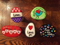 healthy breakfast ideas for kids age 9 to make 3 12 11 Rock Painting Patterns, Rock Painting Ideas Easy, Rock Painting Designs, Paint Ideas, Stone Crafts, Rock Crafts, Arts And Crafts, Heart Painting, Love Painting