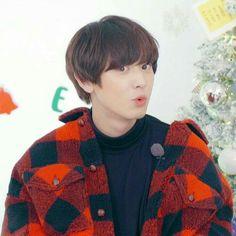 Ron ron tonight i (ah ah), นานะนะนะนานะ. Exo Chanyeol, Exo Ot12, Exo K, Kyungsoo, Baekyeol, Chanbaek, Rapper, Exo Songs, Exo Music