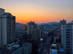 Солнце #выкл  Гирлянды #вкл  #Huizhou #guangdong #china  #view #city #sunset #sun #street #nature  #asia #ig_asia #ig_china #igs_asia #igtravel #travelgram #travelblog #traveling #travel #мегегапутешественница by megega