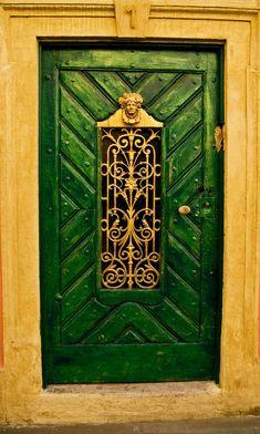 The Green Door   Wood and iron door in Bamberg, Germany