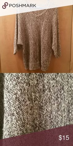 Grey and purple marled sweater XXL Maurices XXL grey and purple marled V neck sweater Maurices Sweaters V-Necks