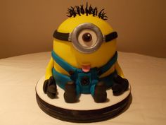 Minion by Scrumptious cakes Minehead