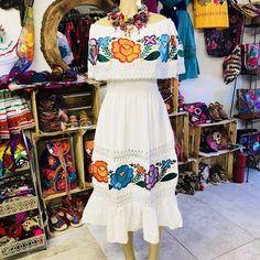 23fb351d31 Mexican Fino Campesino Maxi Dress. Vestidos Bordados ...