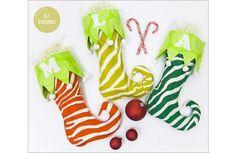 Free pattern: Curlicue Christmas stockings