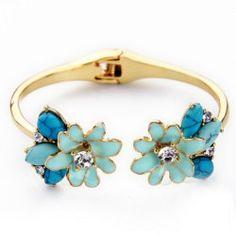 Gorgeous Rhinestone Floral Cuff Bracelet (RoseGal)