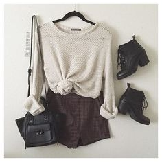 ALL LOOK ONLY HERE, CHECK SWEATER + SHORT + BAG + BOOT