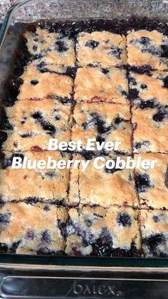 Best Blueberry Muffins, Blueberry Cobbler Recipes, Blue Berry Muffins, Lemon Dessert Recipes, Desert Recipes, Fruit Recipes, Easy Desserts, Sweet Recipes, Baking Recipes