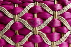 Discover thousands of images about Vannerie de rotin, fabriqué en Thaïlande photo minta Flax Weaving, Willow Weaving, Weaving Textiles, Loom Weaving, Paper Basket Weaving, Basket Weaving Patterns, Bamboo Texture, Tapestry Loom, Peg Loom